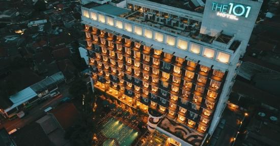 101 Lampion menghiasi IMLEK & Cap Go Meh THE 1O1 Bogor Suryakancana