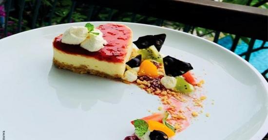 Manjakan Tamu Hotel ala THE 101 Bogor Suryakancana,   Tawarkan Strawberry Cheessee Cake