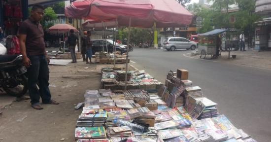 Lapak Buku Bekas 'Destik' – Siap Tingkatkan Minat Baca  (2)