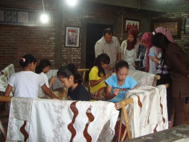 batik komar2